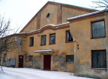 Išlikusi Jonavos sinagoga Vilniaus ir Sodų gatvių sankryžoje